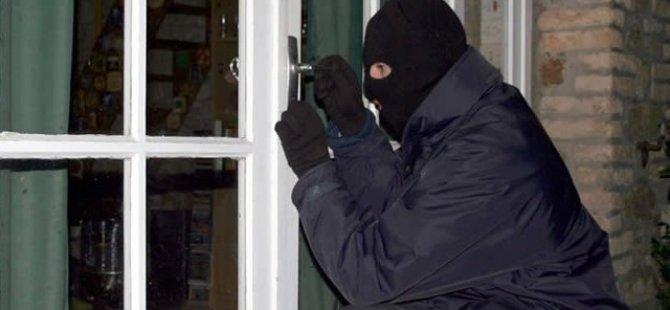 Dükkan açma ve hırsızlık
