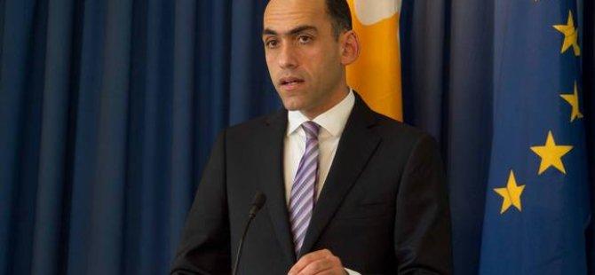 Akel Yeorgiadis'in Osadchiy'yi sert üslupla cevaplamasını eleştirdi