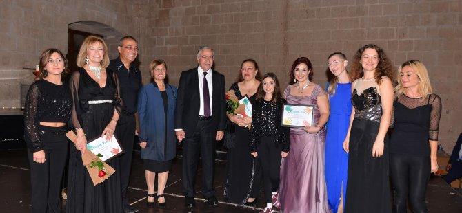 SOS Çocukköyü yararına düzenlenen konsere büyük ilgi