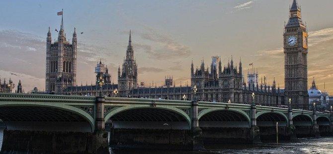 'Her yıl 100 milyar sterlinlik kara para İngiltere'de aklanıyor'