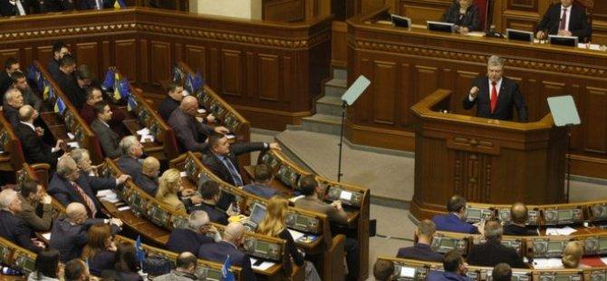 Ukrayna'da sıkıyönetim ilanı ne anlama geliyor?