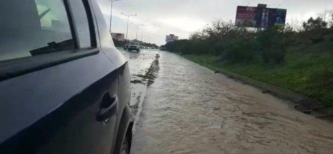 Şiddetli yağış Girne – Lefkoşa Anayolu üzerinde sürücüleri olumsuz etkiliyor