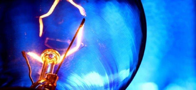 Girne'de yağmur elektriklerin kesilmesine neden oldu