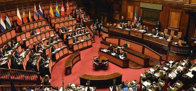Meclis'te seks skandalı iki milletvekili tuvalette basıldı
