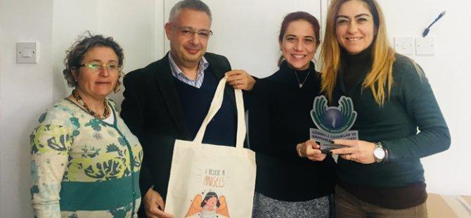 DAÜ-SEN'den, Kemal Saraçoğlu Vakfı'na bağış
