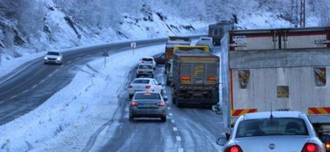 Dağyolu yeniden trafiğe açıldı