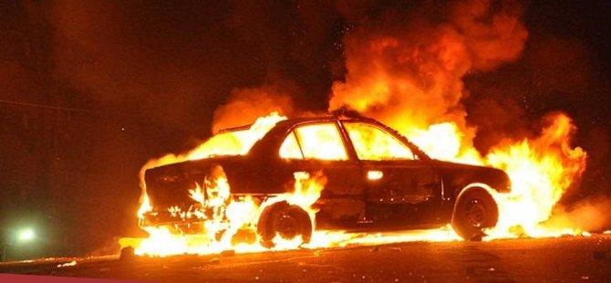Strovolo'da 4 araç yakıldı