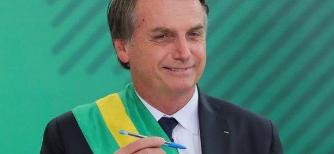 Bolsonaro ilk icraatında yerlileri ve eşcinselleri hedef aldı