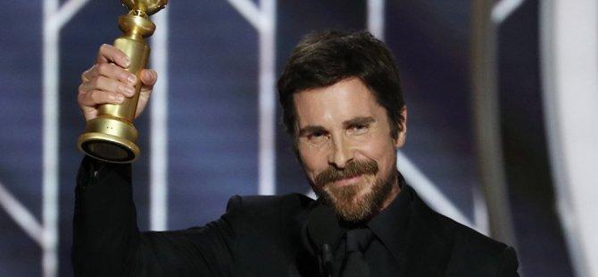 Dick Cheney rolüyle Altın Küre kazanan Christian Bale şeytana teşekkür etti