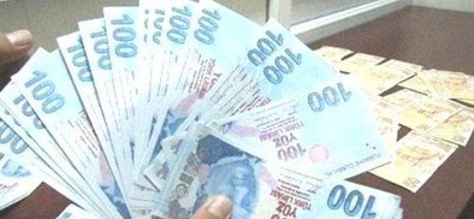 Kalpazanlıktan tahliye olan adam avukatına da sahte para verdi