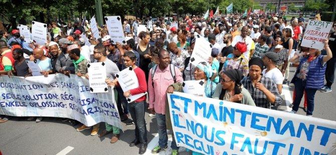 Brüksel'de sığınmacılara destek protestosu...