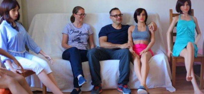 Araştırma: İnsanlar seks işçileri yerine robotları tercih etmeye meyilli