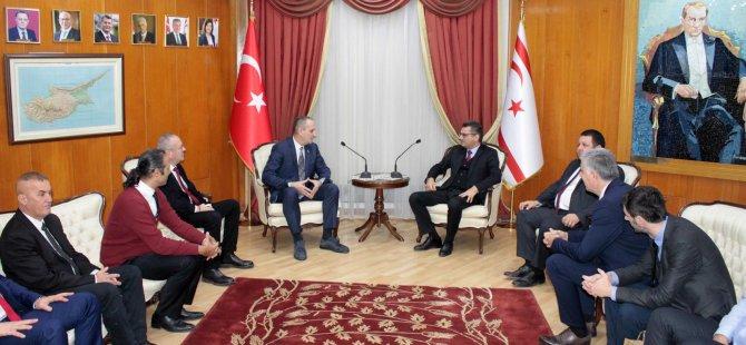 Erhürman, KKTC, TC ve Bosna Hersek Hentbol Federasyonlarını kabul etti