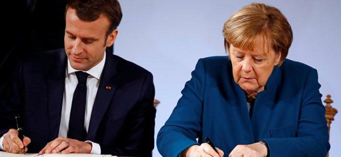 NATO'dan sonra Avrupa Ordusu yolda: Merkel ve Macron imzayı attı