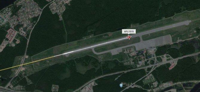 Moskova'ya inmesi planlanan uçak acil durum nedeniyle güzergah değiştirdi