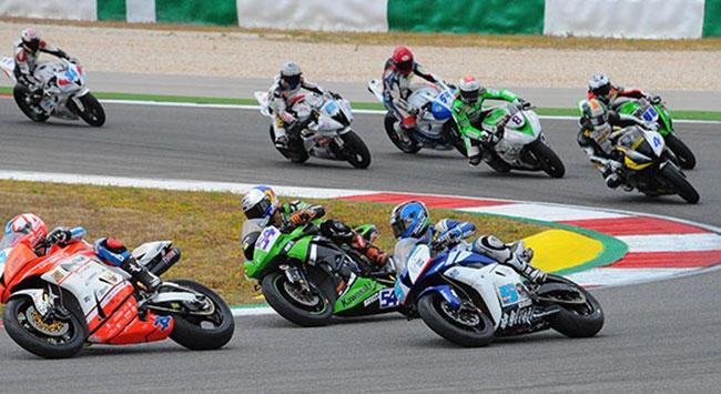 Sofuoğlu'nun yarışında feci kaza