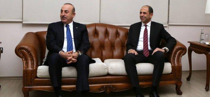 Türkiye Dışişleri Bakanı Mevlüt Çavuşoğlu KKTC'ye geldi