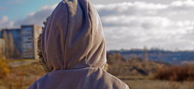 Binlerce sığınmacı kaybolan yakınlarını arıyor