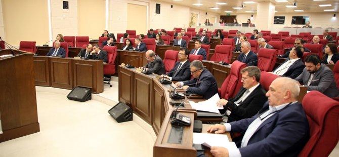 Meclis'te Çavuşoğlu'nun açıklamaları ve Kıbrıs sorunu konuşuldu