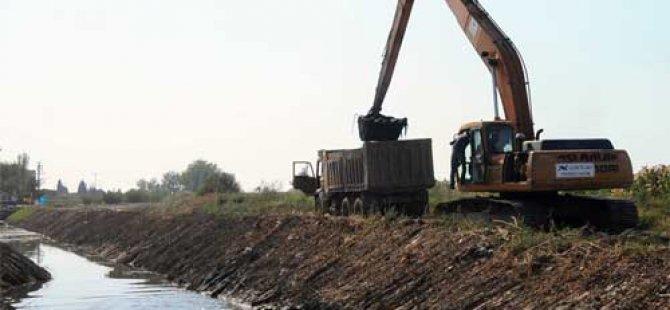Lefkoşa'da derelere çöp moloz atılması yasaklandı