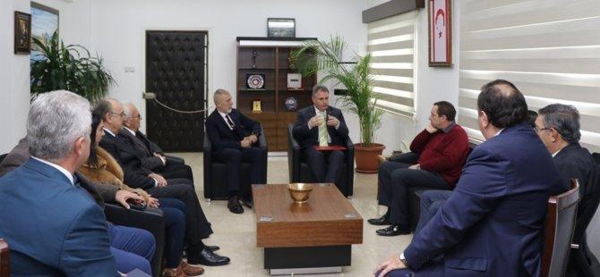 Denktaş, Kıbrıs Üniversiteler Birliği heyetini kabul etti