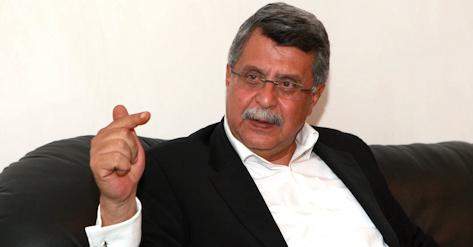 """Soyer: """"Denktaş'a Cumhurbaşkanı adayı olmasın diye şantaj yapılıyor"""""""