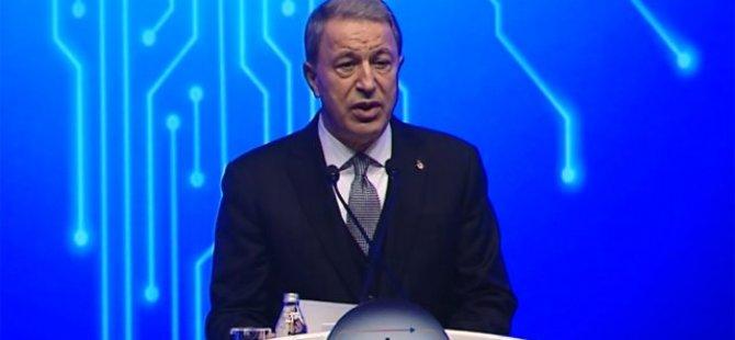"""Hulusi Akar: """"Kıbrıs Harekatı'nda yaşananlar Türkiye'yi bağımsız makineler üretmeye yöneltti"""""""
