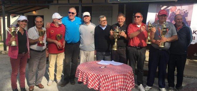 CMC'de Niyazi Öztoprak Anı Golf Turnuvası Şampiyonu Ian Steven...