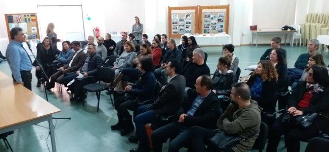 İki Toplumlu Öğretmenler Platformu, Kıbrıs'ın güneyinde okul ziyaretleri gerçekleştirildi.