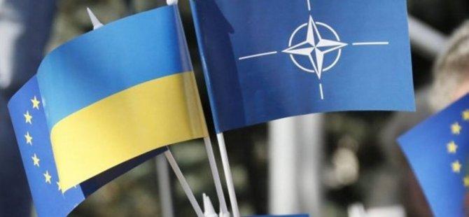 Ukrayna, AB ve Nato'ya tam üye olma sürecini belirledi