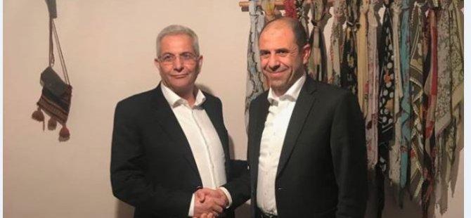 Özersay, AKEL Genel Sekreteri'yle görüştü.