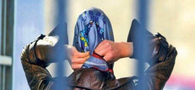 Cenevre'de memura dini sembol yasaklandı: Başörtüsü de kapsamda