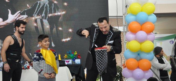 """""""Çocuklar Güzelyurt Belediyesi  yarı yıl çocuk şenliğinde eğlendi"""""""