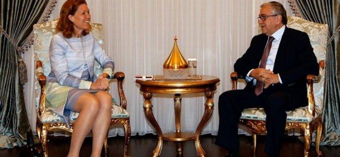 Akıncı Hollanda Büyükelçisi Jaarsma'yı kabul etti