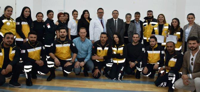 112 Acil Servis Eğitimini tamamlayanlar sertifikalarını aldı