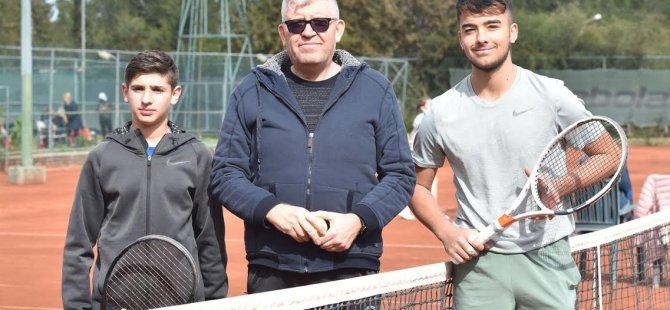 Türkiye Tenis Federasyonu Lefkoşa şehir kulübü büyükler haftasonu turnuvası başlıyor…