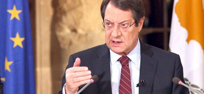 """Anastasiadis noktayı koydu! """"Ülke Türk tehdidi altındayken Kıbrıs'la ilgili bir konferans mümkün görünmüyor"""""""
