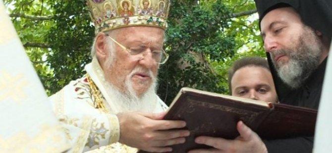 Hrisostomos, Bartholomeos'la görüştü