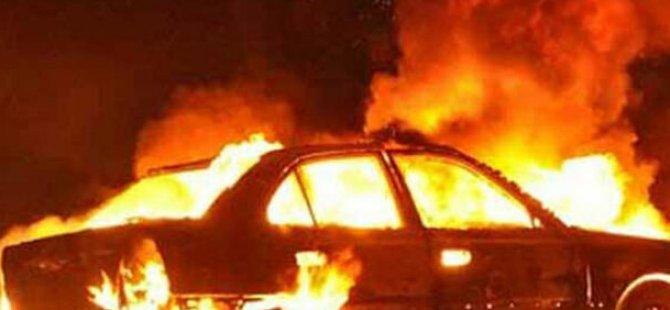 Gazimağusa'da araç yandı
