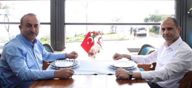Özersay, Antalya'da Türkiye Dışişleri Çavuşoğlu ile görüştü