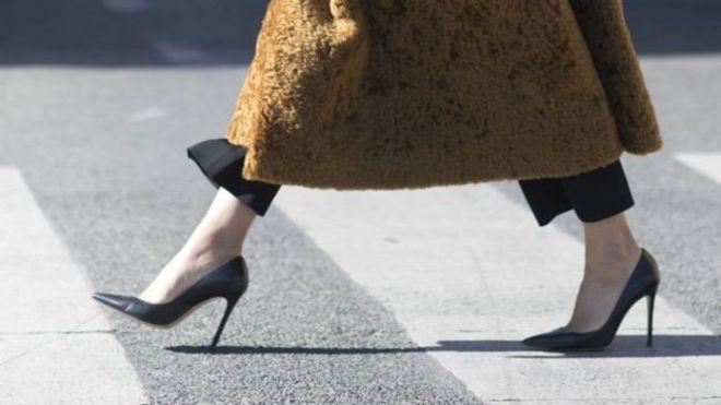 Kadın öğretmenlere topuklu ayakkabıyı yasaklayan müdür hakkında soruşturma