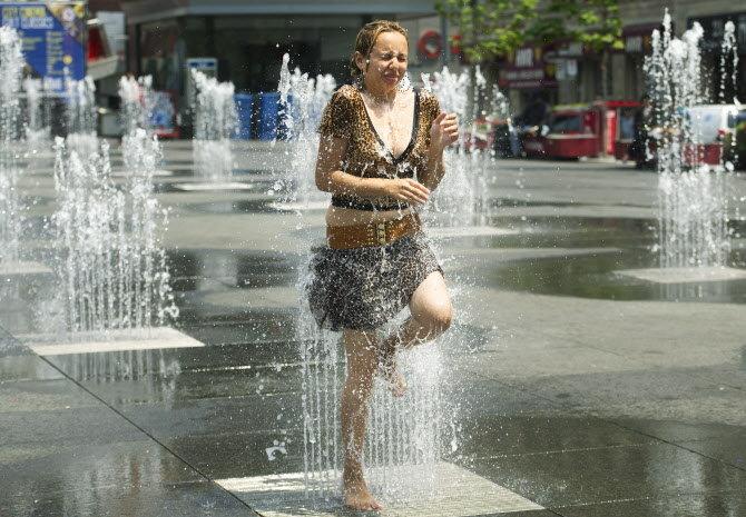 Avrupa aşırı sıcaklarla boğuşuyor