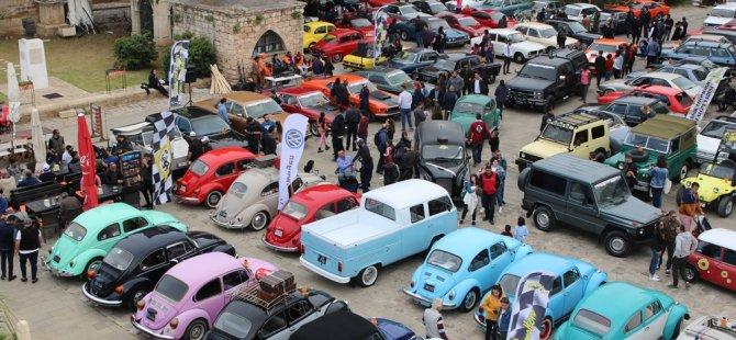 Klasik arabalar Mağusa'yı renklendirdi