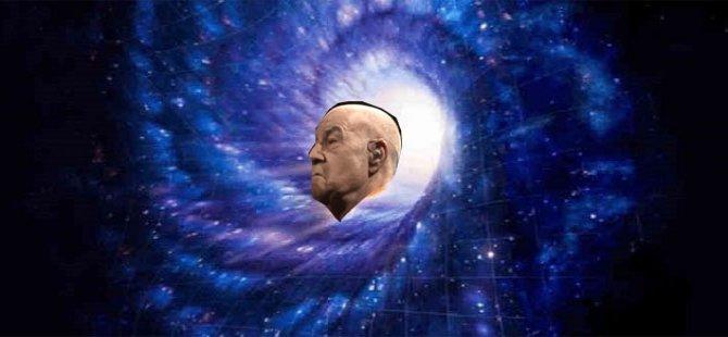 """Mazhar Alanson paralel evrende: """"O kadar yokluk çektik ki şimdi her şeyin ulaşılabilir olması enteresan geliyor"""""""