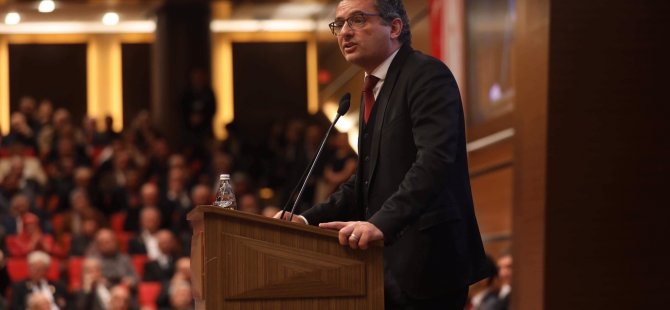 Erhürman Girne'de konferans verecek