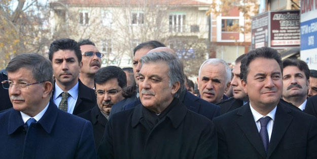 Kulis: Davutoğlu, en az 50 vekille parti kuracak