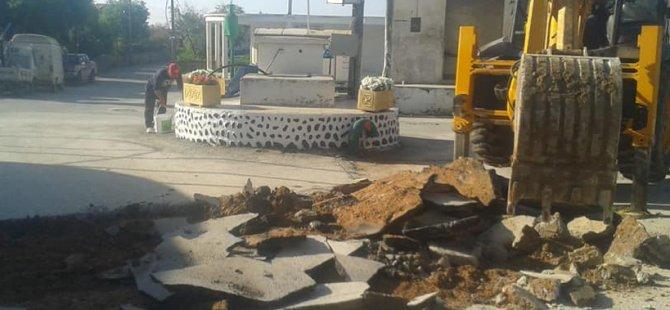 Yenierenköy'de çöken yolları Belediye onardı!