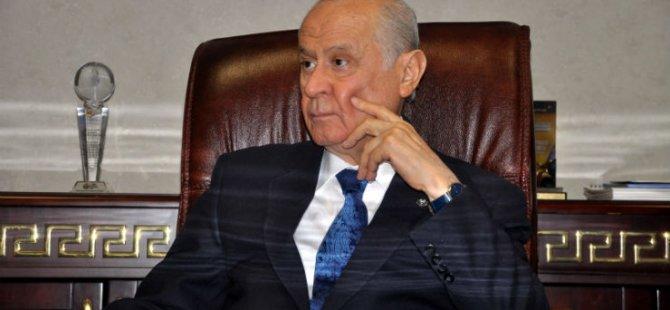Bahçeli  Cumhurbaşkanı Akıncı'yı istifa etmeye çağırdı