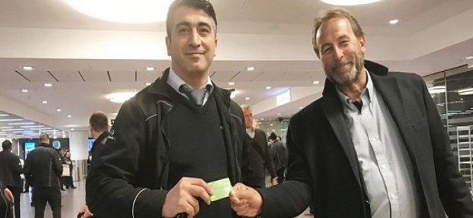 İsveç'te Türk taksici kahraman ilan edildi