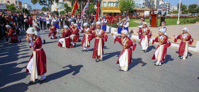 Gazimağusa'da 23 Nisan Zafer Anıtı'nda kutlandı